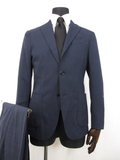 ラルディーニ LARDINI シングル3ボタン 段返り 織柄 スーツ 宅配買取にてお買取り♪